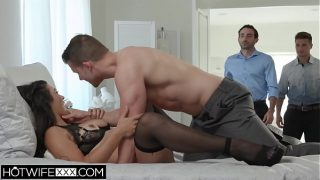 Face Fuck Wife Brooklyn Gets anal From All Her Husbands Friends
