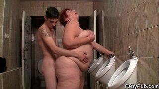 bbw teen amateur Slim guy screws huge bitch in the restroom